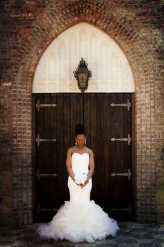 Aristide | Walters Wedding Estates | Mansfield | Wedding Venue | Outdoor | Bride | Wedding Day | Door | Wedding Dress | Tull