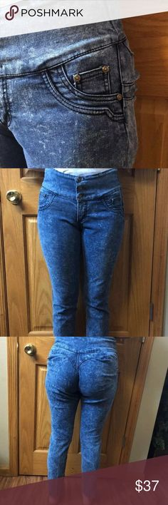Vintage Balta High Waisted Skinny Jeans RARE Balta 11 Skinny High Waisted stone washed stretchy Jeans. Says 11 on Tag-unsure if it fits true to size.  Seems would be a 6-8 with stretch room. The jeans are very stretchy and BAM out your BUTT ! High waisted stone washed 80's!!  While vintage, these jeans are in excellent condition.  They're so cute!                                            Tags: #highwaisted, #vintage,#rare #retro # 80s #fashionstatement #demin #stonewashed # stretch # Jeans…