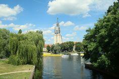 Nuthemündung Blick von der Nuthemündung zum Seniorenstift Heilig Geist #Potsdam #Nuthepark #Nuthe #Nuthemündung #Havel #Seniorenstift_Heilig_Geist – View on Path.