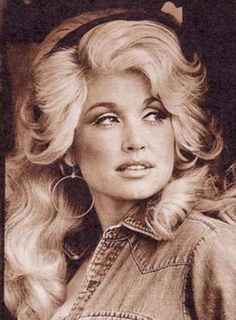 Dolly Parton. Love me some Dolly!