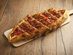 Taco Pizza, Meat Recipes, Hot Dog Buns, Scones, Waffles, Yummy Food, Delicious Recipes, Bread, Dishes