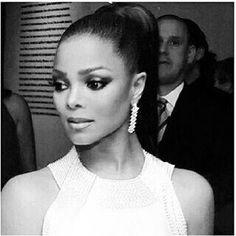 Hermosa Janet