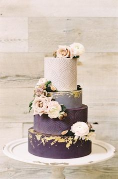 Berry Colored Wedding Ideas for All Seasons ⋆ Ruffled - Let's Cake Blush Wedding Cakes, Luxury Wedding Cake, Elegant Wedding Cakes, Beautiful Wedding Cakes, Wedding Cupcakes, Wedding Cake Toppers, Wedding Beauty, Coral Wedding Colors, Purple Wedding