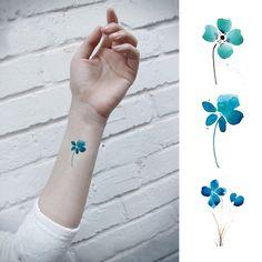 tatouage temporaire bleu plante fleurs fleurs par prosciuttojojo