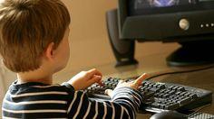 La Familia Digital sugiere como hipótesis que la desidia de los padres al educar a sus hijos en la red debería estar sancionada en el Código Penal
