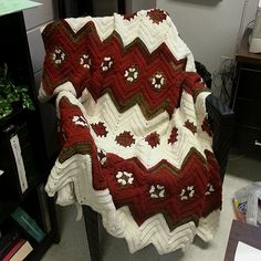 Crochet Guide: Grannies and Ripples Afghan - free pattern