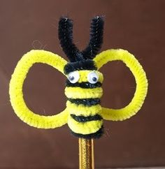 Credit to respectable owners Pencil Topper Crafts, Pencil Toppers, Puppet Crafts, Hat Crafts, Girl Scout Activities, Craft Activities, Diy Crafts For Kids, Arts And Crafts, Pipe Cleaner Crafts