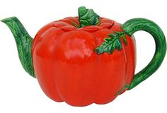 Japanese Tomato Teapot, I want to draw a face on it
