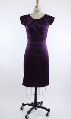 My kind if dress and loving the color!
