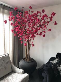 New Art Deco Interior Bedroom Plants Ideas Home Decor Vases, House Plants Decor, Art Deco Interior Bedroom, Bedroom Art, Deco Spa, Tree Branch Decor, Bedroom Plants, Garden Ornaments, Artificial Flowers