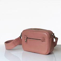 BOXY MINI POWDER PINK Powder Pink, Kate Spade, Mini, Bags, Fashion, Handbags, Moda, La Mode, Dime Bags