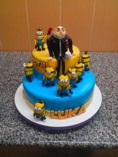 Despicable me cake by nestoslatkopancevo@facebook.com