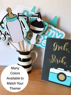 Etsy の Baby Shower Photo Booth Props Decorations by CMCraftStudio