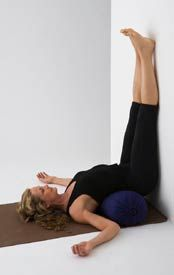 Legs-Up-the-Wall Pose encourages smooth, easy breathing that soothes the nervous system helping to relieve headaches, insomnia and anxiety. It relaxes the digestive organs, helping to alleviate indigestion and nausea. This inverted posture helps reduce varicose veins and swollen feet, and also gently stretches the back of the legs waking up tired, sore legs and feet.