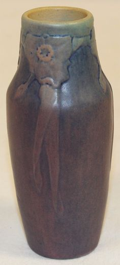Newcomb College Pottery 1919 Cherokee Rose Vase (Irvine) from Just Art Pottery Vintage Pottery, Pottery Art, Cherokee Rose, Most Famous Artists, Native American Pottery, Rose Vase, Tall Vases, Arts And Crafts Movement, Selling Art