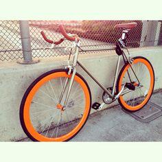 Fresh new bike, with pursuit bullhorn handlebars