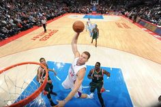 Blake Griffin and Chris Paul combine for 51 points to lead Los Angeles Clippers over Milwaukee Bucks,  106-102.  L.A. improves to 11-3 at home this season.