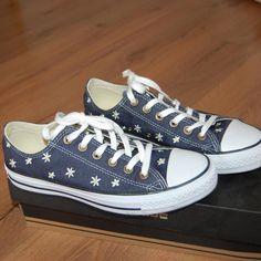 842f89a45f 1 x obute vysivane Converse - Bazár Zuzik - Morský Koník