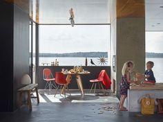 Eames Plastic Chair DSW_Wire Chair DKR-2_Guéridon #Eames house bird @vitra