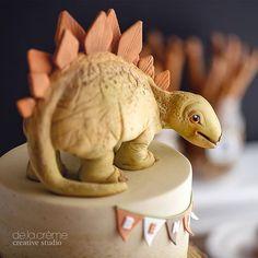 Edible stegosaurus cake topper. | WEBSTA - Instagram Analytics