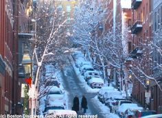 Wondering what to do when Boston turns cold? These fun indoor Boston winter activities will keep you warm and entertained - tours, sports, museums, entertainment.