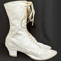 Vintage 1900s 1910s White Canvas ladies lace up Boots 7 #fashion #clothing #shoes #accessories #vintage #womensvintageshoes (ebay link)