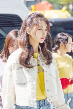 Estilo Lolita, Tzuyu Twice, Dahyun, Woman Crush, Korean Beauty, Ulzzang Girl, Me As A Girlfriend, Cute Hairstyles, Kpop Girls