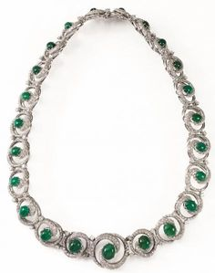 Emerald Necklace, Jewelry Boards, Chanel Jewelry, High Jewelry, Bvlgari, Jewelry Branding, Auction, Jewels, Emeralds
