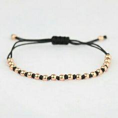 Handmade thread and golden beads bracelet work ideas Diy Bracelets Easy, Bracelet Crafts, Handmade Bracelets, Jewelry Crafts, Jewelry Bracelets, Macrame Bracelets, Jewelry Patterns, Bracelet Patterns, Gold Armband