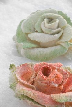 Felt roses by ing00te, via Flickr