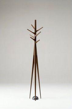 Noriyuki Ebina wooden coat stand - Tips Home Decor