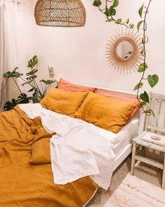 Colores cálidos para dormitorios Teenage Girl Bedroom Decor, Girls Bedroom, Earthy Bedroom, Modern Bedroom, Contemporary Bedroom, Nature Bedroom, Bedroom Neutral, Modern Contemporary, Bedroom Nook