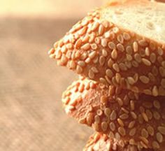 Parent Alert: Sesame Seed Allergy - Living Without Article Tahini-free Hummus recipe for sesame seed allergic Gluten Free Pumpkin Pie, Gluten Free Beer, Pumpkin Pie Recipes, Dairy Free, Pie Crumbs Recipe, Sesame Allergy, Gluten Free Wedding Cake, Allergies Alimentaires, Allergy Free Recipes
