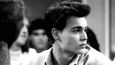 Johnny depp my bae Marlon Brando, Junger Johnny Depp, Young Johnny Depp, Johnny Depp Cry Baby, Johnny Depp Movies, Leonardo Dicaprio, Pretty Boys, Cute Guys, Celebrity Crush
