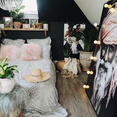 Small and Stylish Bedroom Design Trends and Ideas in 2019 Part bedroom ideas; bedroom ideas for small room; Room Ideas Bedroom, Small Room Bedroom, Bedroom Decor, Master Bedroom, Bedroom Inspo, Bedroom Wardrobe, Dream Bedroom, Animal Print Rooms, Animal Print Bedding