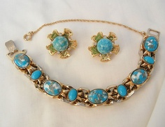 special event 50% 24 hr. red tag 12/1 plus 30% off now till 12/2 Plaza Shop Link on home page contact me 4 discount   Wear me out Vintage Jewels  http://www.rubylane.com/shops/vintageshari  Wear Me Out Vintage Jewels 2 Now  http://www.rubyplaza.com/shops/vintageshari-rp Fabulous Bold chunky link Simulated Turquoise Bracelet Free gift Bonus from vintageshari on Ruby Lane