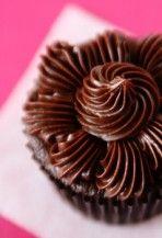 Csokoládés ganache készítése
