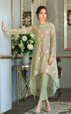 Thread and Motifs Formal Collection 2019 Embroidered Net Shirt Design Code: 5294 - Designer Dresses Couture Pakistani Formal Dresses, Pakistani Wedding Outfits, Pakistani Dress Design, Indian Dresses, Pakistani Fashion Party Wear, Latest Pakistani Fashion, Pakistani Bridal, Indian Outfits, Designer Party Wear Dresses