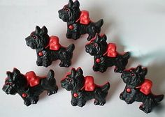 Most Darling Red & Black Scottie Dog Buttons SWEET! crafts(4)  $2.99