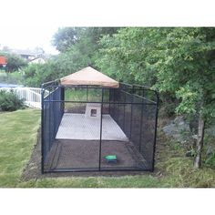 Outdoor Dog Area, Backyard Dog Area, Outdoor Dog Kennel, Outdoor Dog Runs, Dog Kennel Designs, Diy Dog Kennel, Kennel Ideas, Dog Kennels, Diy Dog Run