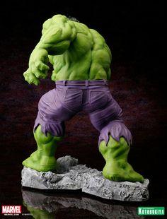 Marvel Comics Hulk Classic Avengers Fine Art Statue 05