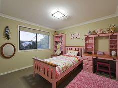 nother bedroom