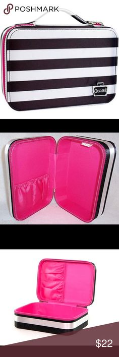 💗Pink Cosmetic Valet with Handle💗💋 New !! 💄Cosmetic Valet will instantly make a fashion statement in your locker, on your bathroom counter, or even your office desk. This stylish, sturdy case organizes your makeup essentials, brushes, smartphone electronics, knick knacks, and more. Part of the Black and White Stripe Collection--simple stripes with a subtle pop of pink that adds a playful wink.💗💗💗 Bags Cosmetic Bags & Cases