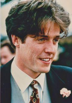 """Hugh Grant en """"Cuatro Bodas y un Funeral"""" (Four Weddings and a Funeral), 1994"""