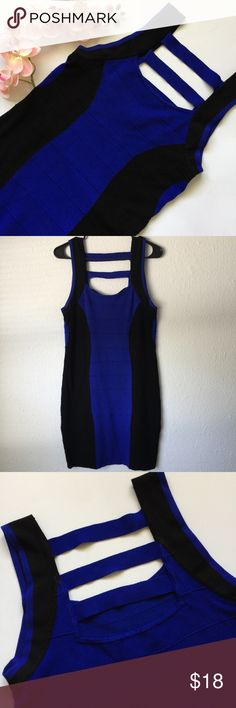 """🎉Host pick 11/25🎉Bandage Dress Rock your lovely curves in this black & blue bandage dress! Thick enough to hide problem areas, cute 3 striped detail in the upper back for a sexy classy style. Super stretchy, super comfy. Materials: 90% Rayon 9% Nylon 1% Spandex  Bust 32"""" Waist 31"""" Length 33""""  Size: 2x Forever 21 Dresses Midi"""