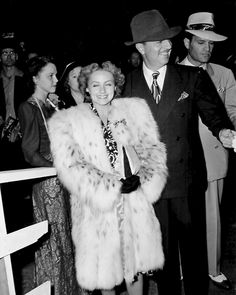 The newlywed couple, William Powell and Diana Lewis, arrive for the Ice Follies in Los Angeles, 1940.