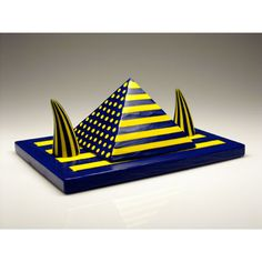 Yellow and Blue Pyramid with Horns Glass Artwork, Venetian Glass, Marquis, Horns, Yellow, Blue, Contemporary, Studio, Artist