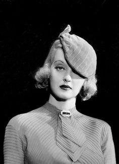 Bette Davis, 1934, photo by Elmer Fryer