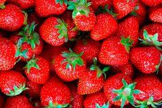 Conheça a lista das 10 melhores frutas que pode usar na sua dieta. Dá para fazer uma salada frutas deliciosa com poucas calorias e muita fibra e água.