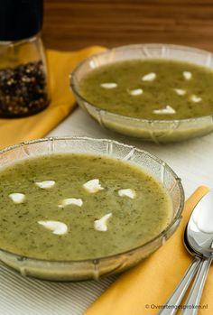 Courgettesoep - Snelle soep van courgette, ui, knoflook en een beetje Boursin cuisine.